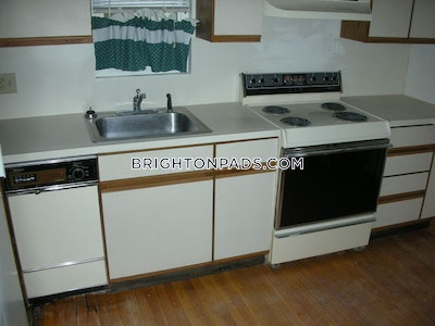 Brighton Apartment for rent 2 Bedrooms 1.5 Baths Boston - $2,400
