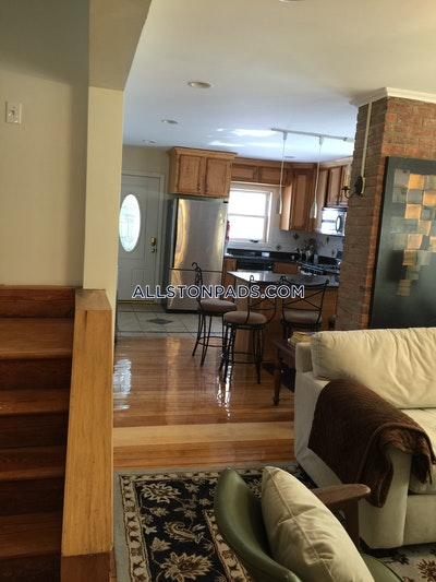 Lower Allston Excellent 5 Beds 3 Baths  for 9/1  Boston - $5,000