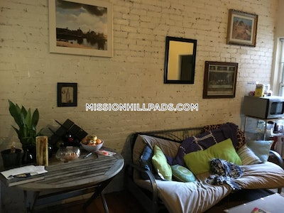Mission Hill 2 Beds 1 Bath Boston - $2,295