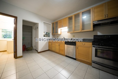 Brighton Apartment for rent 3 Bedrooms 2 Baths Boston - $3,350