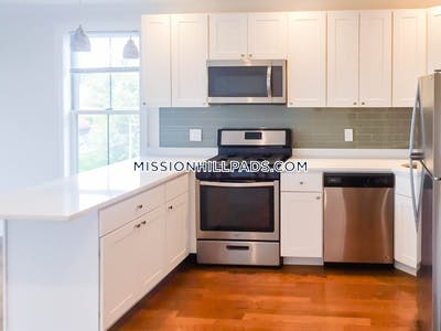 Roxbury Apartment for rent 5 Bedrooms 1.5 Baths Boston - $3,995