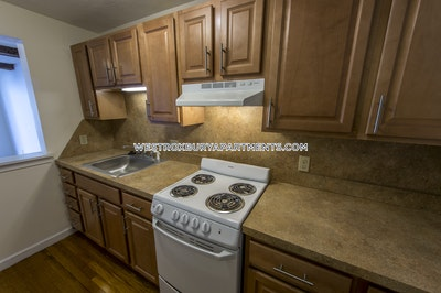 West Roxbury Apartment for rent 1 Bedroom 1 Bath Boston - $1,700
