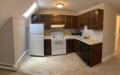 Brookline Apartment for rent 2 Bedrooms 1 Bath  Coolidge Corner - $2,650
