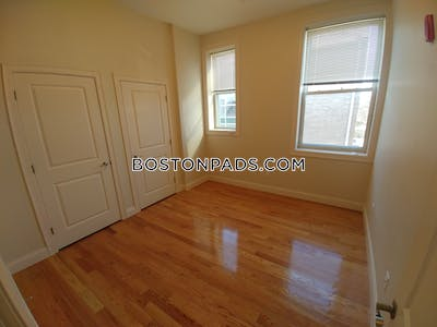 Waltham Apartment for rent 3 Bedrooms 2 Baths - $2,800